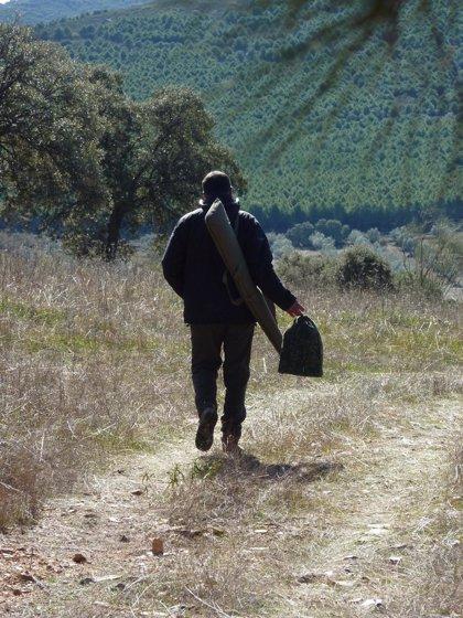 Medio Ambiente regula la figura de guarda jurado de caza en la Comunitat Valenciana