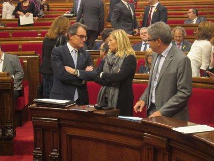 El pleno del Parlament decide si retira prerrogativas a los expresidentes de la Generalitat