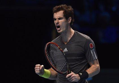 Murray se mantiene vivo en la Copa de Maestros y Federer acaricia las semifinales