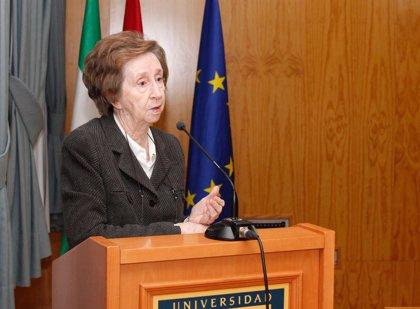 La investigadora Margarita Salas recibe el Premio a la Excelencia Química