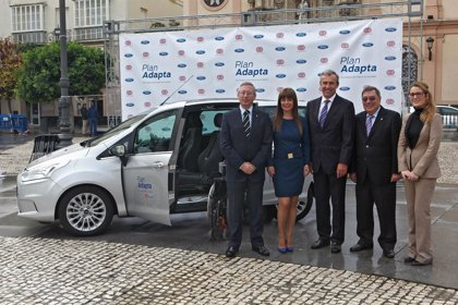 RSC.-El Plan Adapta de Ford y Fundación ONCE cierra en Cádiz su gira 2014 por España