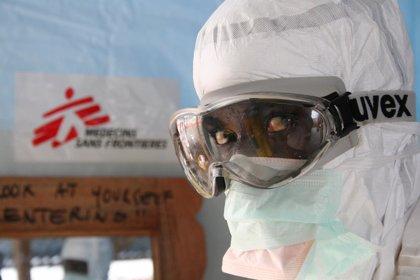MSF iniciará en diciembre las pruebas de tres tratamientos experimentales contra el ébola