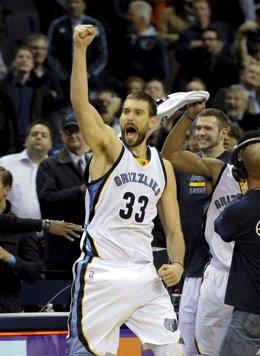 Marc Gasol (Memphis Grizzlies) celebra una victoria