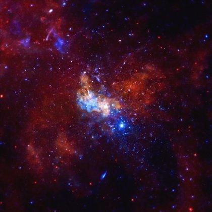 El agujero negro de la Vía Láctea puede ser una fábrica de neutrinos