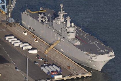 Rusia amenaza con pedir una indemnización a Francia si no cumple con la entrega de los buques Mistral