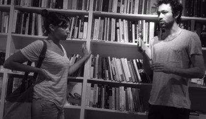 Una librería barcelonesa se transforma en teatro para acoger los diálogos de 'Llibràlegs'