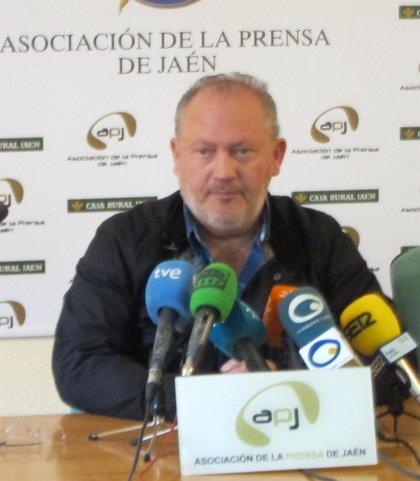 """El alcalde de La Carolina (PP) acepta la dimisión de Pérez porque """"no basta con ser honrado, hay que parecerlo"""""""