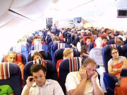 Canarias recibe casi 1 millón más de pasajeros extranjeros