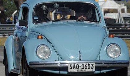 """Mujica advierte de que """"nunca"""" venderá su viejo Volkswagen a pesar de las ofertas"""