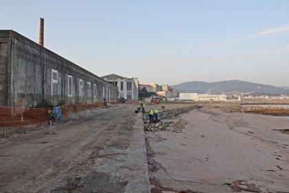 El Foro Social de Cangas denuncia en los juzgados supuestas obras ilegales en el arenal de la antigua factoría de Massó