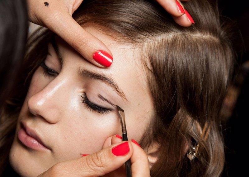 58b4c17e5 30 trucos de maquillaje que nunca habías oído... y harás tuyos