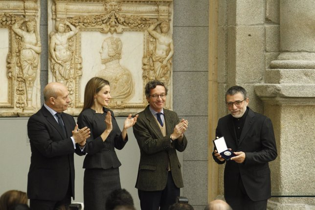La Reina Letizia entrega el Premio Velázquez a Jaume Plensa