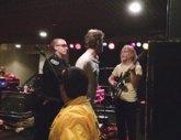 Foto: Marc DeMarco, detenido en pleno concierto