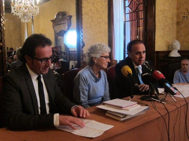 M.Casals (Òmnium) con el vpte. Y el pte. De Catalunya Societat Civil, D.Escamill