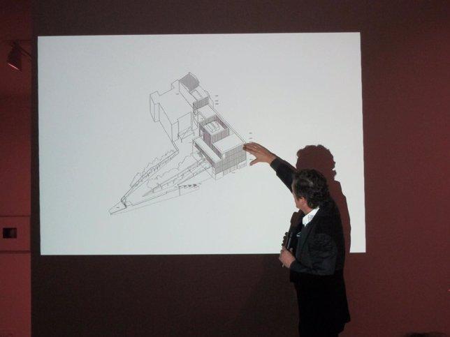 El arquitecto Emilio Tuñón presenta las obras del centro Helga de Alvear