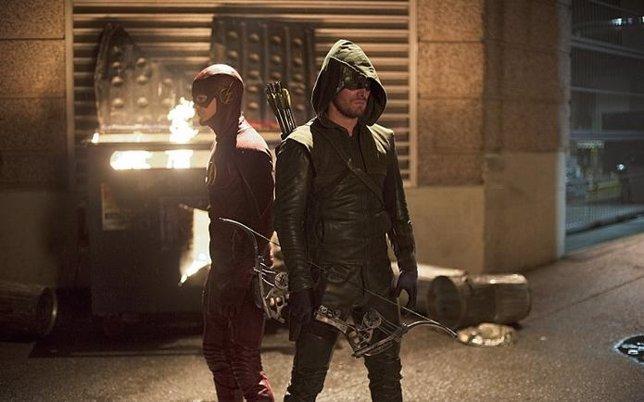Primeras imágenes del crossover entre Arrow y The Flash