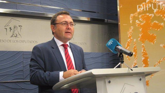 Coordinador de la Interparlamentaria del PSOE-A, Miguel Ángel Heredia