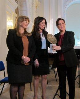 Carmen Linares recibe este jueves el premio Emblema