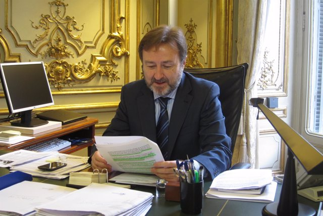 Nuevo director de relaciones con las confesiones, Javier Herrera García-Canturri