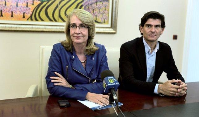 La alcaldesa Paloma García Gálvez en rueda de prensa destituye salido 2014