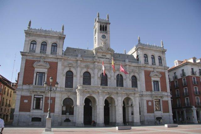 Fachada Del Ayuntamiento De Valladolid
