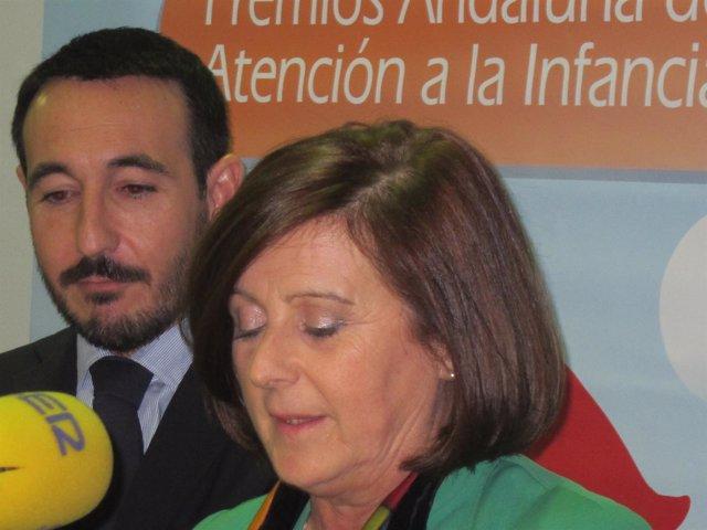 María José Sánchez Rubio en declaraciones a los medios en Cádiz