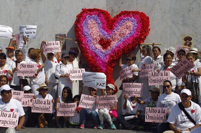 Las marchas normalistas llegan a México DF.