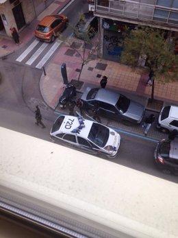 Momento de la actuación policial desplegada en Gregorio Fernández.