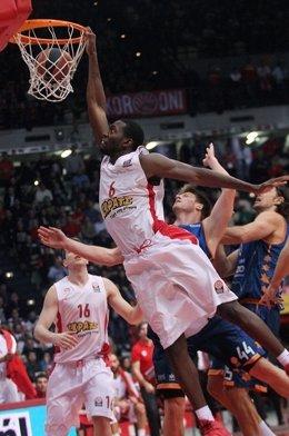 Olympiacos gana al Valencia Basket