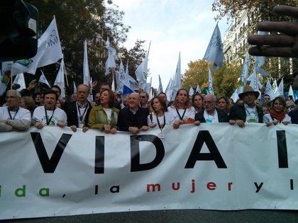 Arranca la manifestación por la vida en Madrid convocada por más de 40 asociaciones