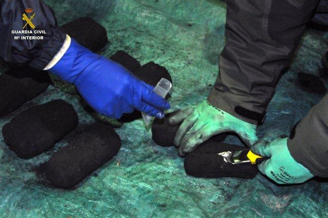 Droga intervenida en carbón en una operación en Galicia y Asturias.