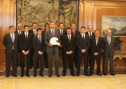 Felipe VI recibe en Zarzuela a nuestros pilotos campeones del mundo