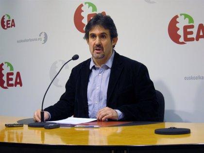 """Urizar: """"No admitiremos encajes pergeñados en Zarzuela ni trágalas federalistas"""""""
