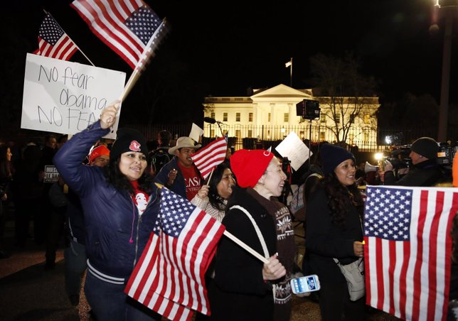 Supporters of U.S. President Obama march in front of the White House in Washingt
