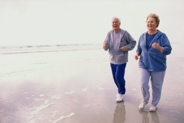 Mayores, ancianos, saludables, playa