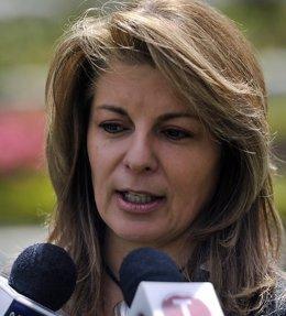Claudia Farfán, Esposa Del General Ruben Darío Alzate