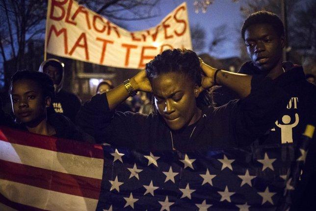 Los Disturbios Han Vuelto A Ferguson En La Noche De Este Lunes 24