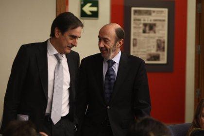 El exministro socialista Valeriano Gómez también dejará su escaño en el Congreso antes de fin de año