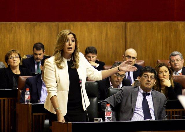 Susana Díaz en la sesión de control del Parlamento andaluz, contestando a Rojas