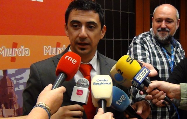 El portavoz de UPyD en el Ayuntamiento de Murcia, Rubén J. Serna