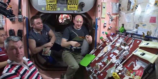 Los astronautas de la NASA celebran Acción de Gracias