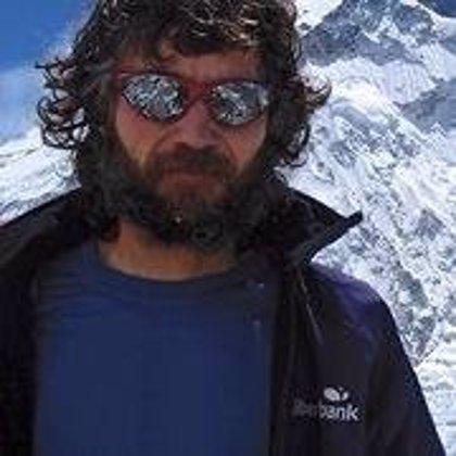 El alpinista Jorge Egocheaga ofrecerá hoy una charla en Santander, organizada por Liberbank