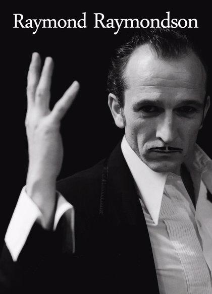 El show del mago francés Raymond llega este sábado a la 'En la cuerda floja' del Café de las Artes