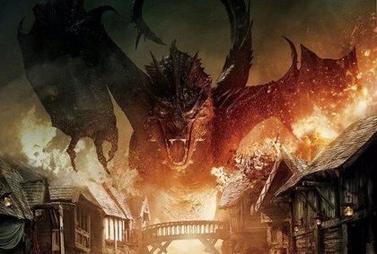 Smaug arrasa en El Hobbit: La Batalla de los Cinco Ejércitos
