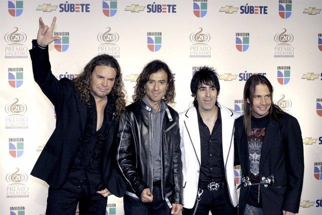 El Grupo Mexicano Maná Durante Una Entrega De Premios