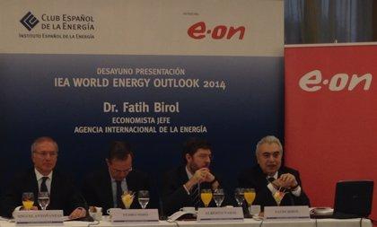 Antoñanzas aboga por la reducción del precio de la energía y aumento de la estabilidad regulatoria del sector en Europa