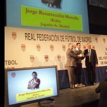 Koke y Ancelotti, condecorados en la Gala del Fútbol de Madrid