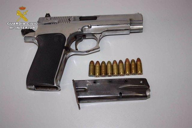 Pistola incautada