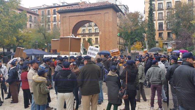 Manifestación militares