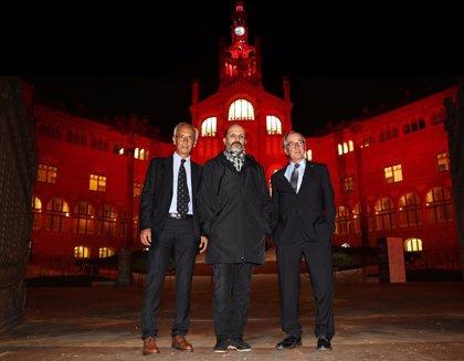 Edificios singulares de Barcelona se iluminarán de rojo el lunes para concienciar sobre el sida